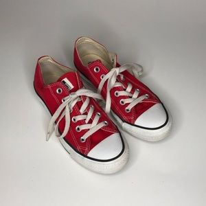 Red Converse Low Tops M Size 5 W Size 7